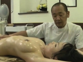 Oriental playgirl with big tits gives a sizzling oral dealings
