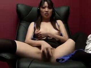Asian hottie masturbation solo
