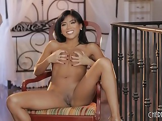 Petite Young Asian Ember Snow's Solo Masturbation Is Breathtaking As She Cums